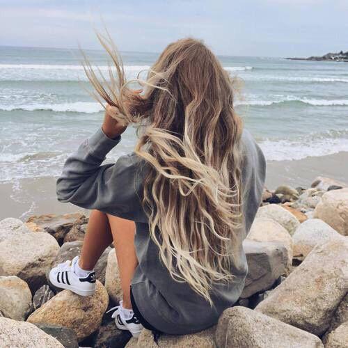 Comment avoir de beaux cheveux en été ? Découvrez les 5 gestes essentiels