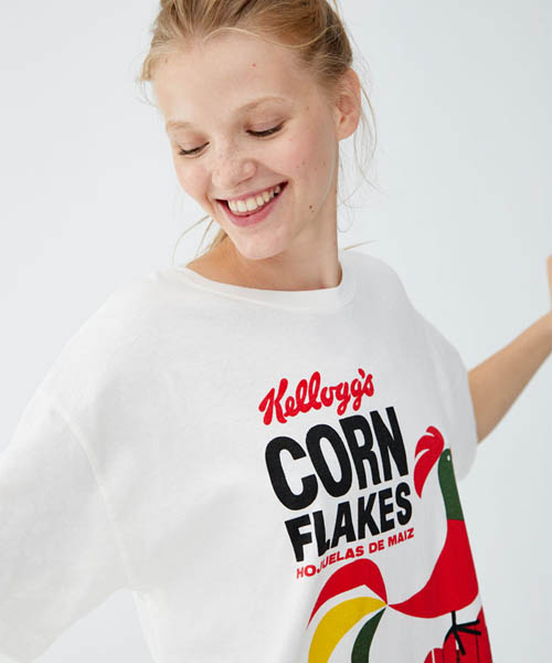 Barbie, Corn Flakes, Grease… 11 t-shirts stylés imprimés rétro à shopper absolument !