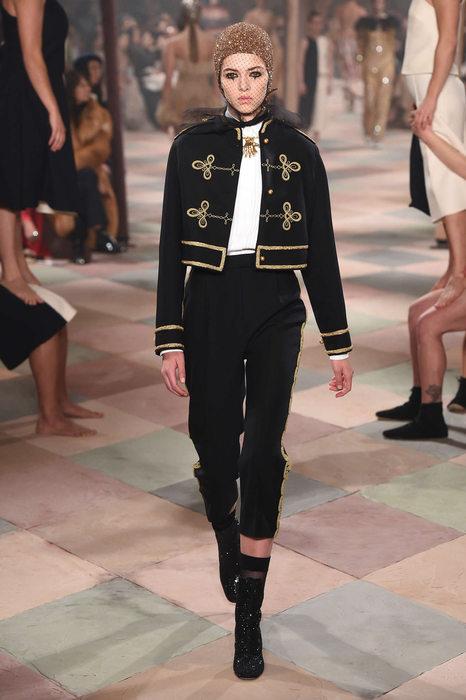 Fashion week : le défilé Dior s'inspire des arts du cirque !